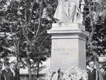 Palackého sady - pomník F. Palackého - r. 1886